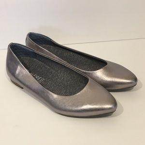 Dr. Scholl's Metallic Aston Ballet Flats Pewter
